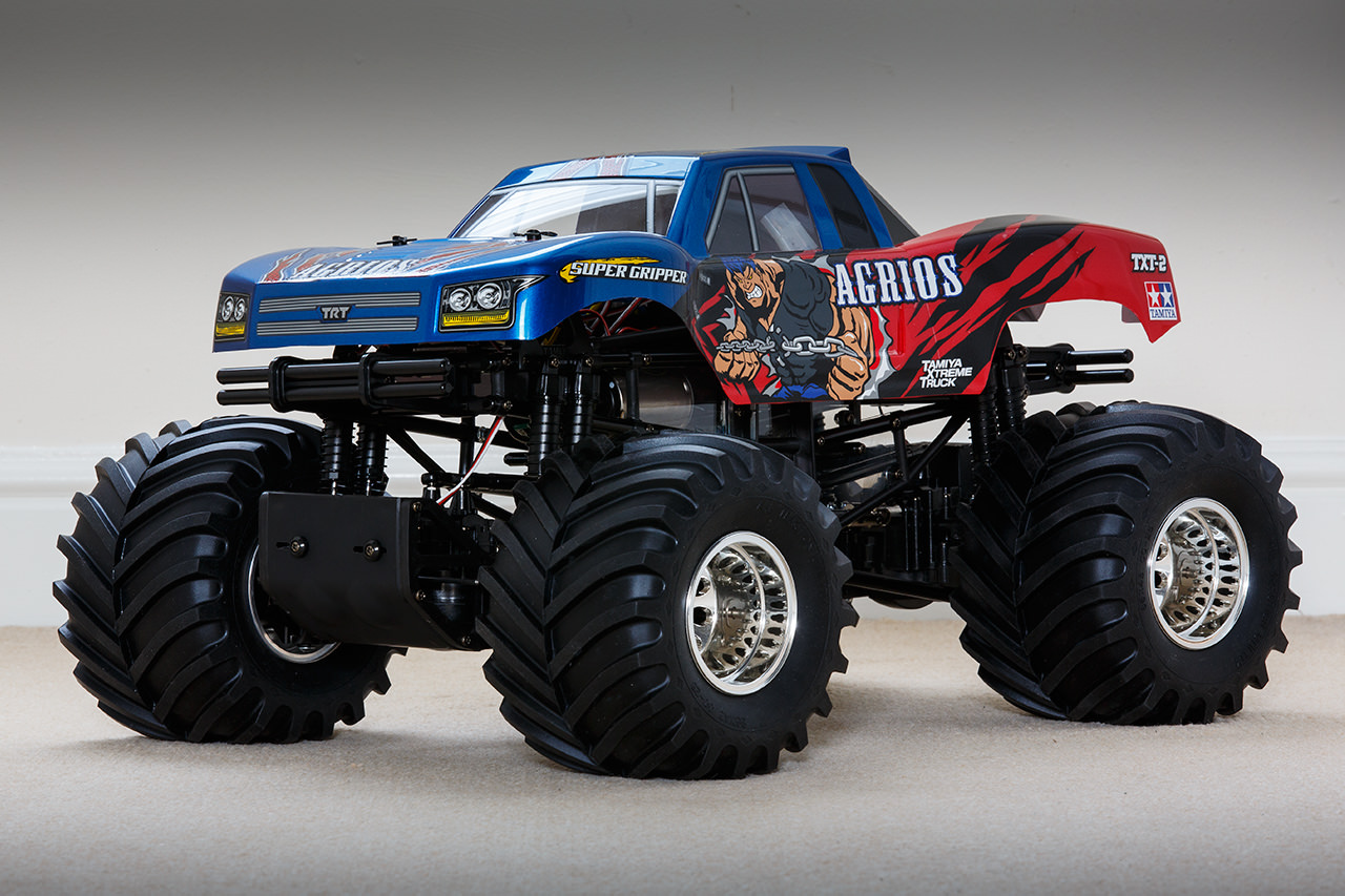 traxxas 4x4 trucks with 75927 Tns Unoriginal Txt 2 Agrios Project on ford Trucks in addition Six New Pre Mounted Paddle Tires From Traxxas moreover 390985334168 together with Pink And Courtney Force Editions Of The Slash St ede Bandit And Rustler also Traxxas Slash Wallpaper.